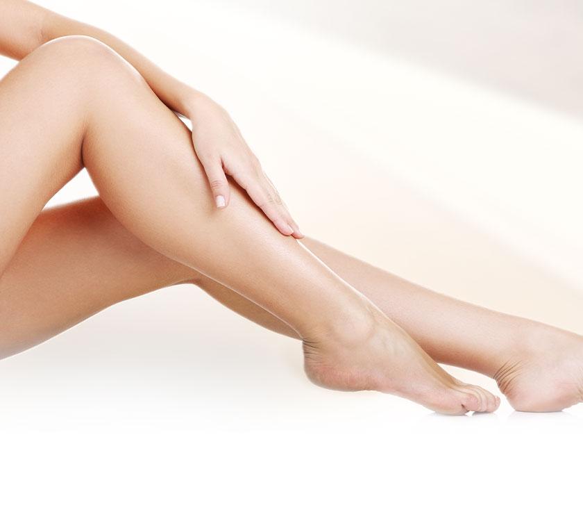 Ästhetische Behandlung zum Abnehmen der Beine
